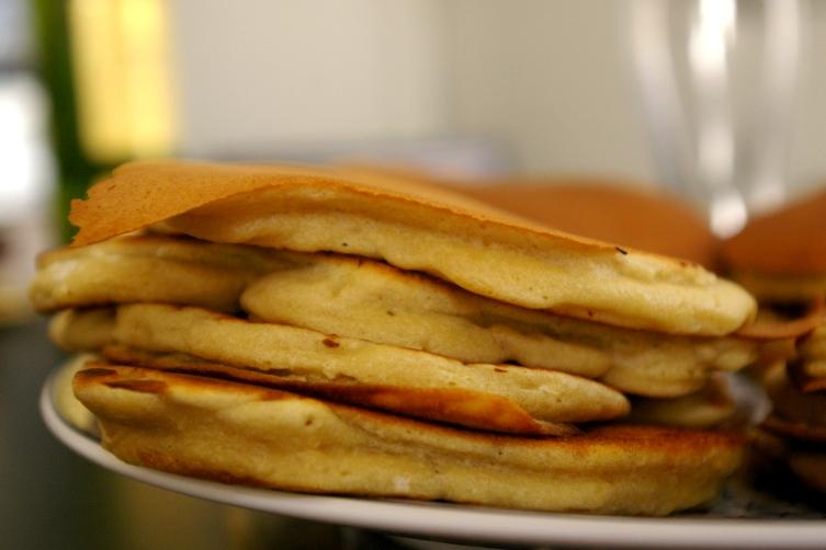 des pancakes ultra moelleux et sans lactose au lait de coco lalala cuisine. Black Bedroom Furniture Sets. Home Design Ideas