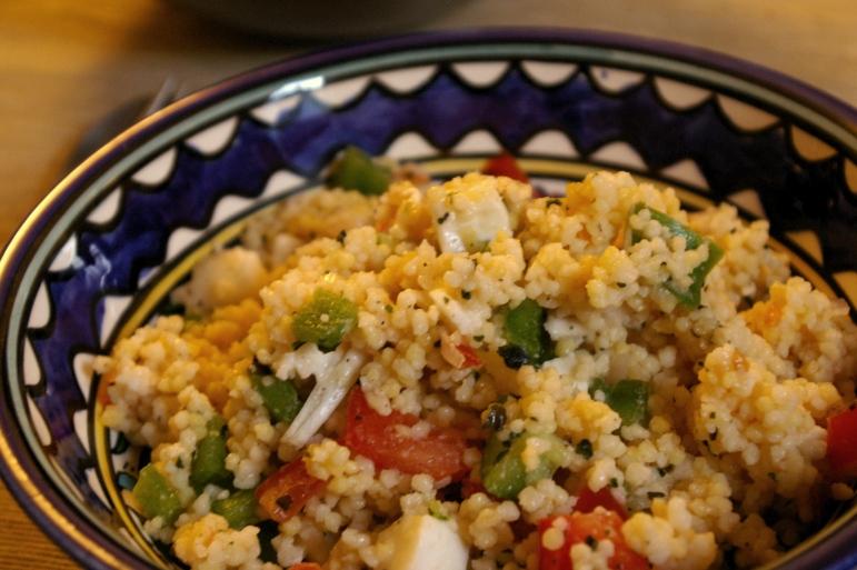 assiette de couscous géant