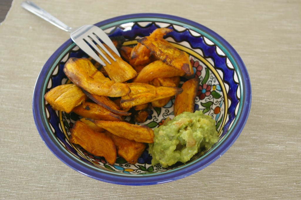 frites patates douces et guacamole