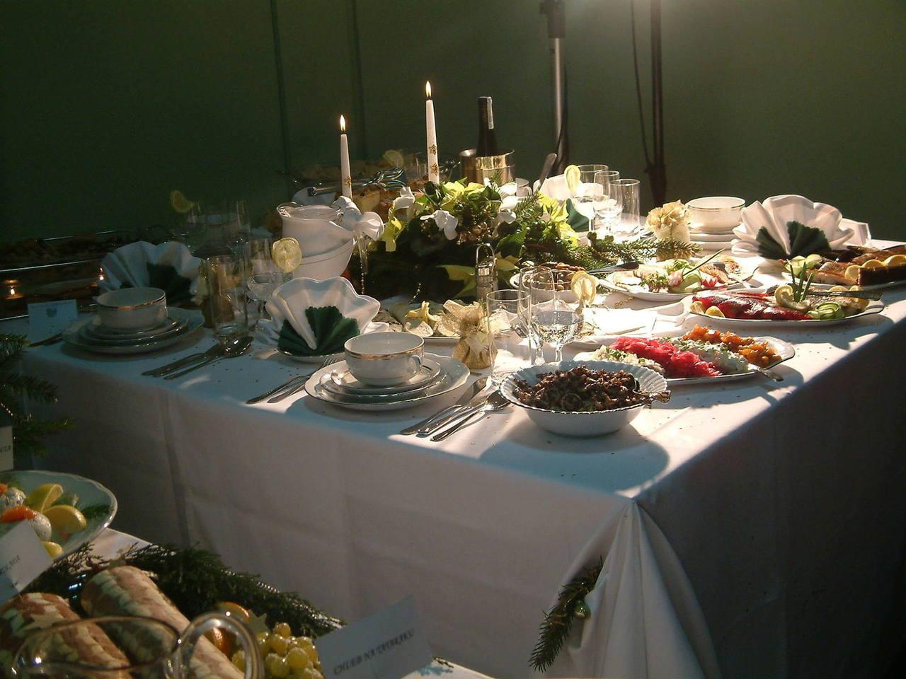 christams-table-1170478-1280x960